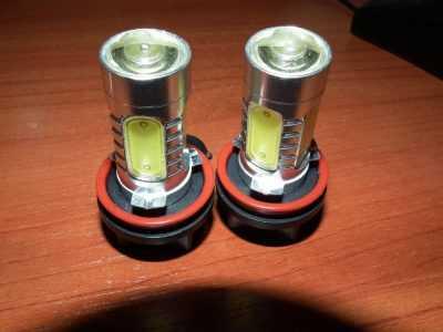 Светодиодная лампочка H11 с алюминиевым радиатором