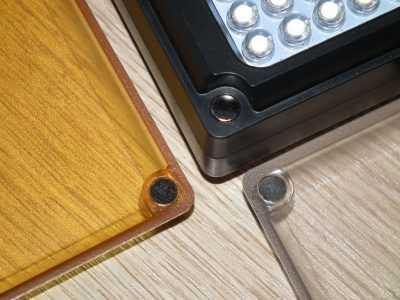 Ulanzi 96LED магниты на светофильтре и на корпусе