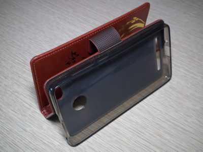Красивый и элегантный чехол для Xiaomi Redmi 3S в режиме просмотра видео 3